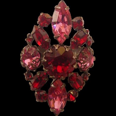 Marvelous Ruby Red & Deep Pink Crystal Rhinestone Scarf Slide Clip Holder Costume Jewelry Vintage