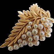 Vintage Crown Trifari Faux Pearl 2.5 Inch Leaf Grape Fruit Brooch Pin