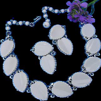 Vintage Lisner White Thermoset Plastic Leaf Chunky Silver Tone Choker Necklace & Earrings Demi Parure Set