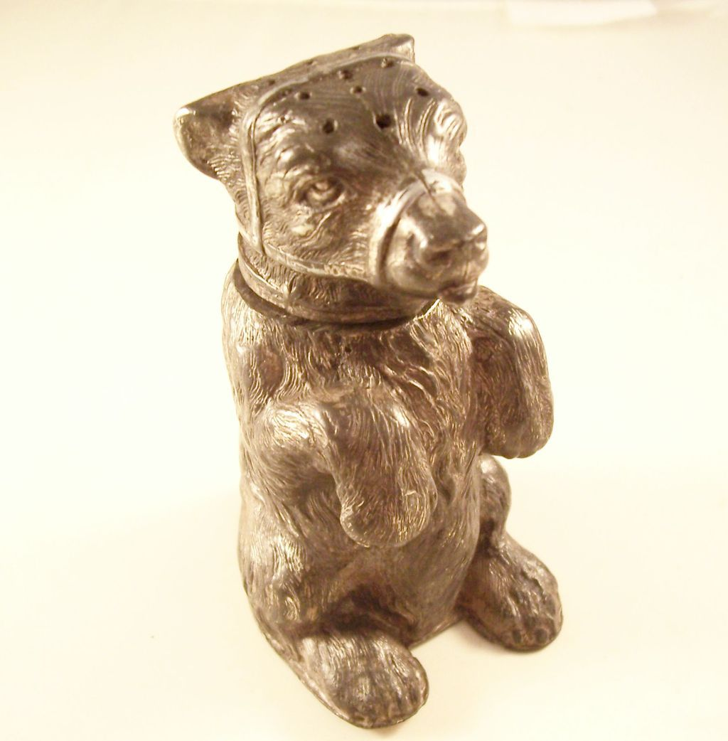 Wonderful Victorian Figural Bear Pounce Pot Sander