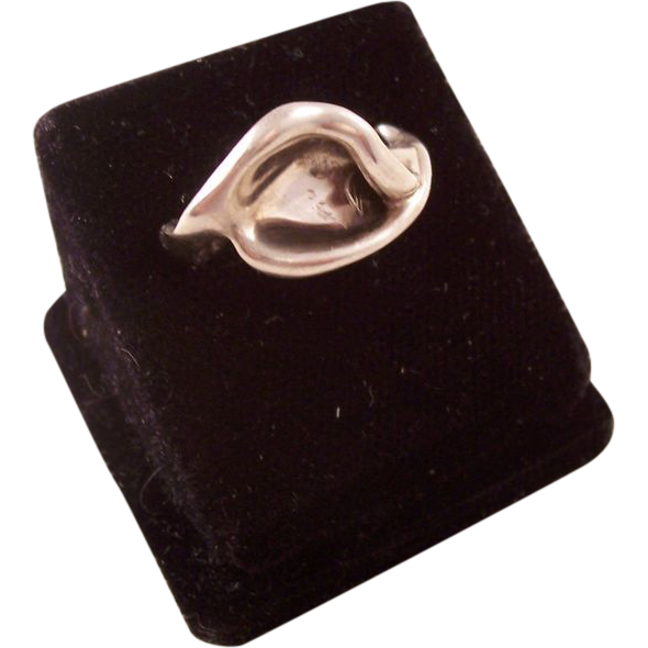 Tiffany Sterling Ring - Calla Lily by Elsa Peretti - size 8 - retired