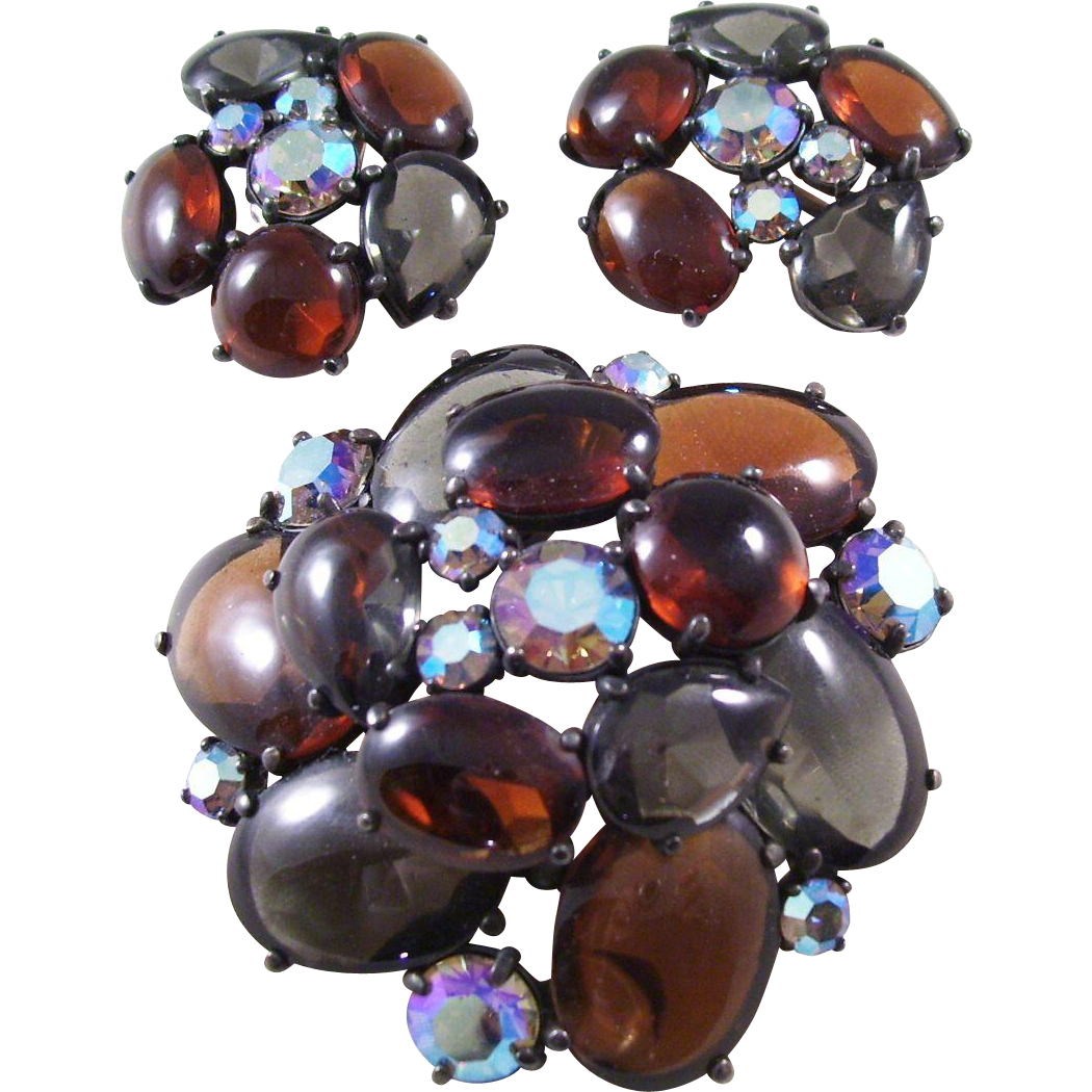 Schiaparelli Poured Glass Brooch & Earring Set - WOW