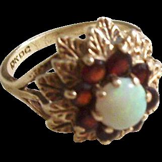 Vintage Opal and Garnet Ring 10kt gold - size 6.5