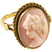 Lovely Vintage Angel Face Cameo Ring - 18kt gold, size 6