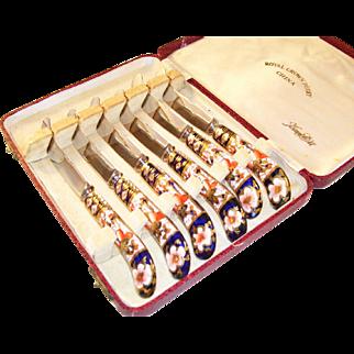 Vintage Cased Set of Royal Crown Derby Spreaders - complete