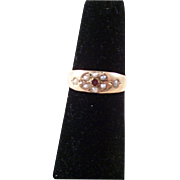 Beautiful Antique Victorian 15ct gold Pearl and Garnet Ring - size 8