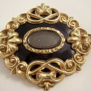 Victorian Mourning Brooch - 12 carat gold & Black Enamel - Hair Work