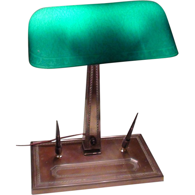 Emeralite #9 Lamp with Rare Base and Shade