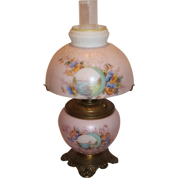 Small Gone With The Wind Kerosene Banquet Lamp Original