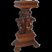 Extraordinary Quartersawn Oak Lion Plant Stand/Pedestal