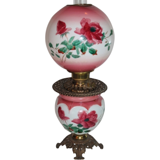 Beautiful Gone with the Wind Oil Lamp ~ Breathtaking BEAUTY WITH HAND PAINTED ROSES ~ Outstanding Fancy Ornate Font Spill Ring and Base~ Original Condition ~Original Parts ~ Collector Piece