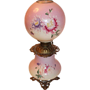 100% Original OUTSTANDING LARGE Large Gone with the Wind Banquet Parlor Oil Lamp ~Masterpiece Breathtaking BEAUTY WITH MUMS~ Outstanding Colors ~ Fancy Ornate Handled Spill Ring