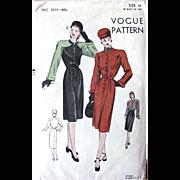 1940s Dress Pattern, Vogue 5511, Unused Factory Folded, Misses Size 14 Bust 32, Vintage 1940s