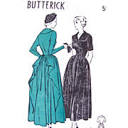 Butterick 4744, Misses Cascade Drape Dress, Vintage 1940s, Unprinted Pattern, Size 16, Factory Folded