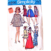 Maddie Mod Dolls Wardrobe Pattern, Simplicity 8466, Vintage 1969, Fits 11-1/2 Inch Dolls Like Barbie and Maddie Mod, Cut and Complete