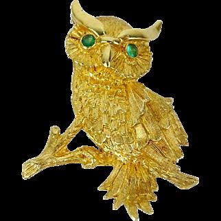 18 Karat Yellow Gold OWL Brooch with EMERALD EYES.