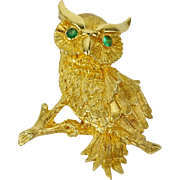 18 Karat Yellow Gold Owl Brooch with Emerald Eyes