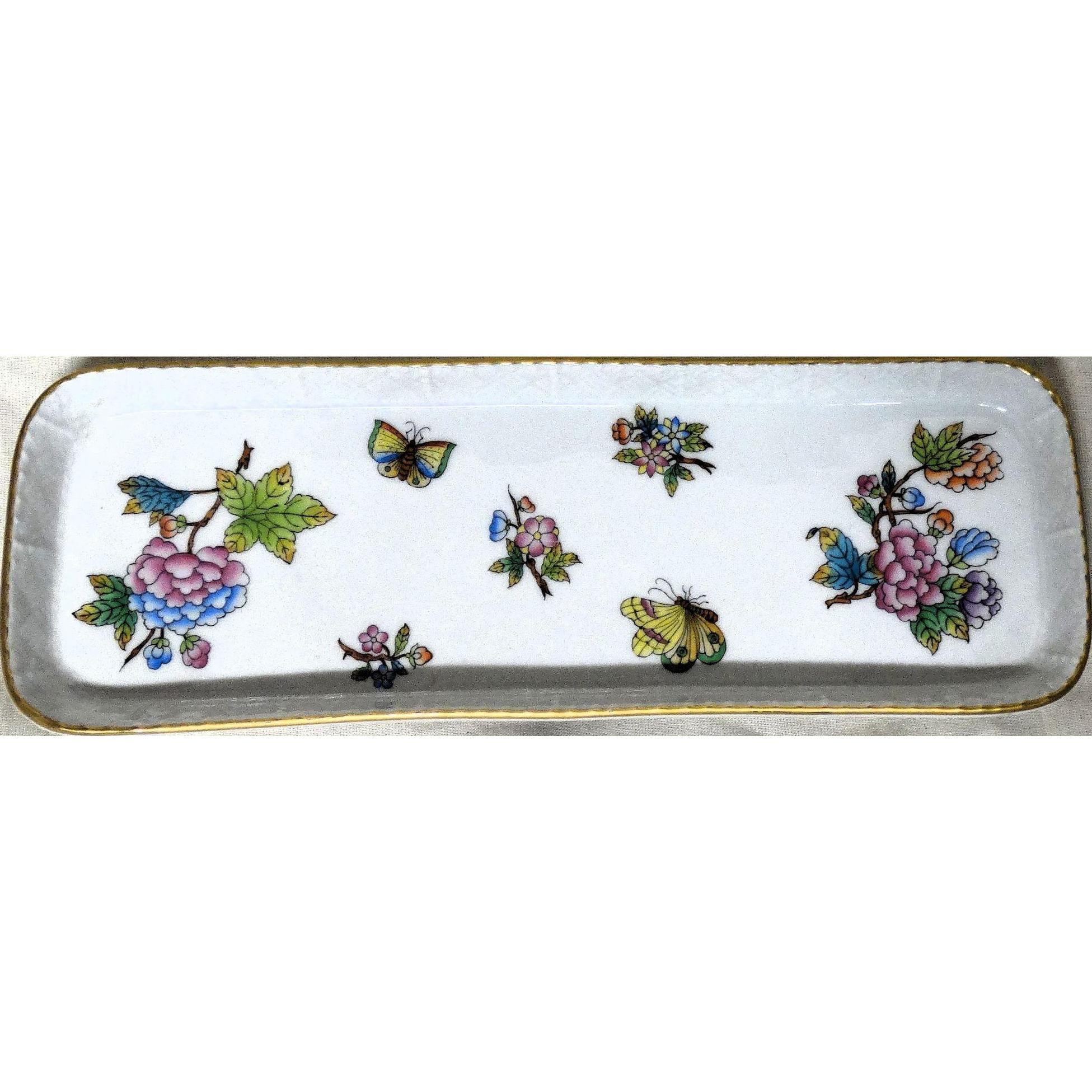HEREND Porcelain Queen Victorian Pattern Dresser Tray