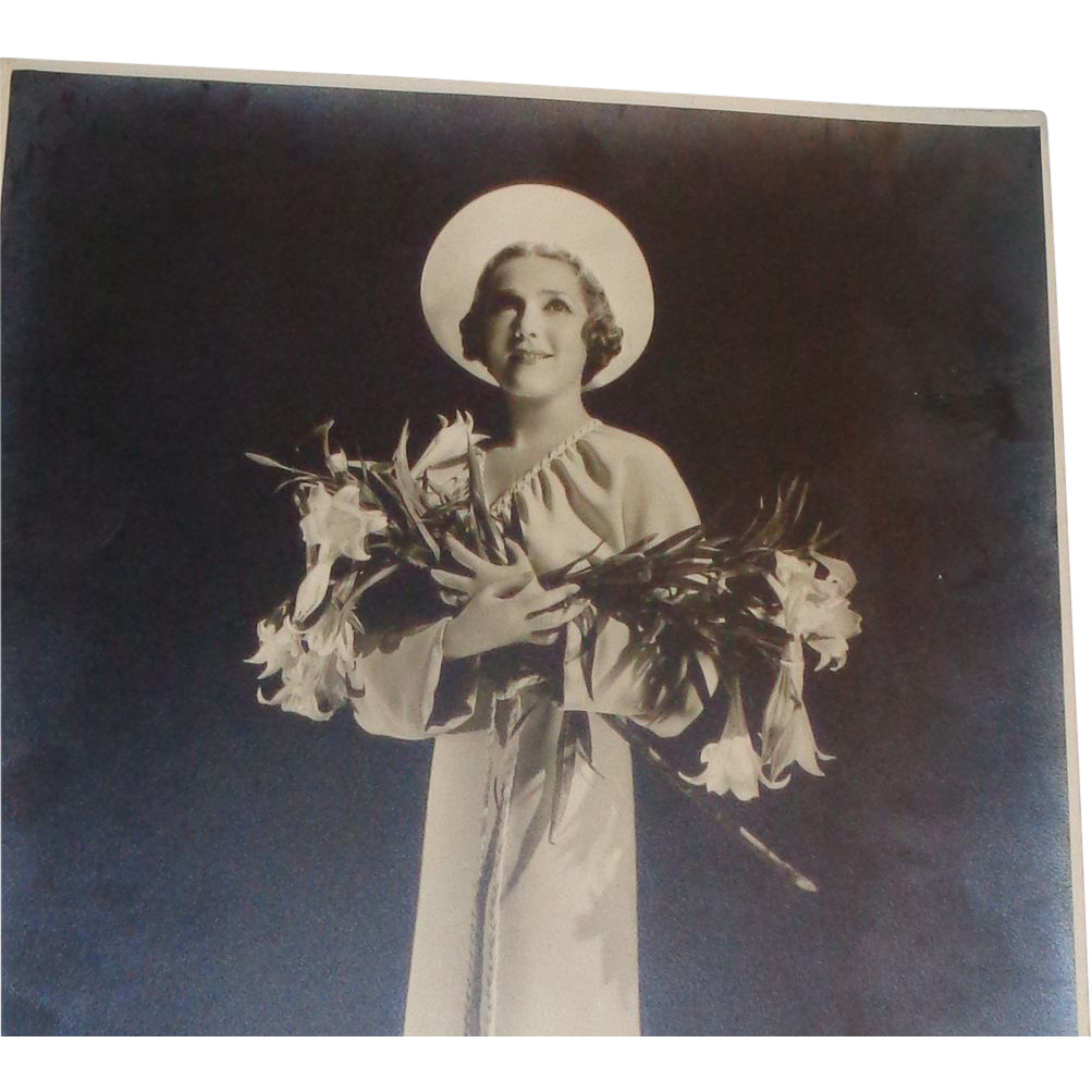 """Mary Pickford (1892 - 1979)  Only Copy Signed Original Vintage Black and White Photo Embossed """"Hurrell"""""""