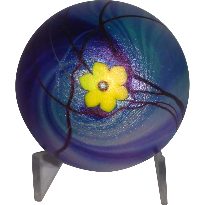 Steven Lundberg Personally Signed Early Iridescent Art Glass Paperweight With Single Blossom