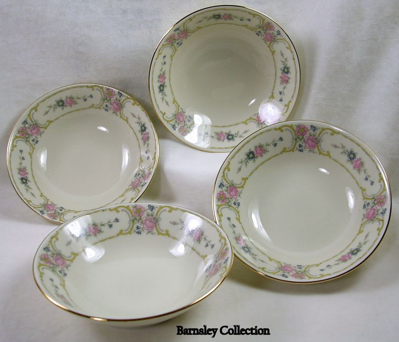 JOHANN HAVILAND Set of Four of Bavarian China Bowls