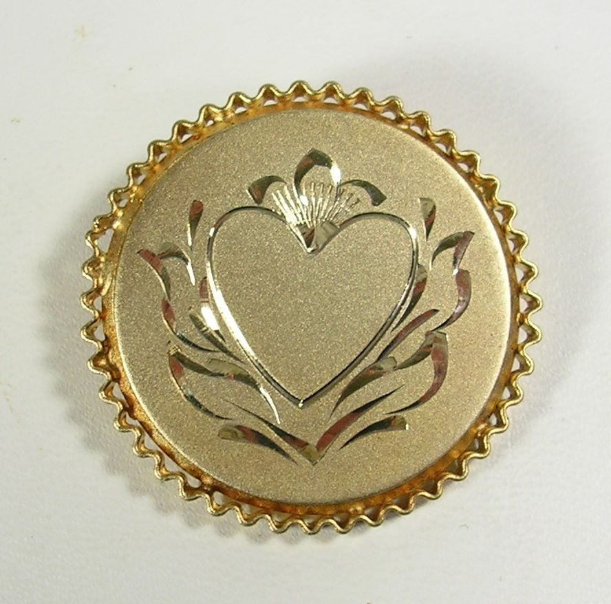 Signed Catamore 12KT Yellow Gold Brooch with Engraved Heart and Flower – c. 1960