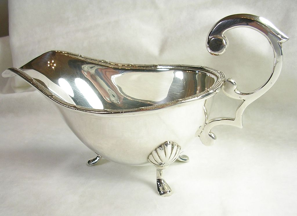 Vintage Silver Plated Gravy or Sauce Boat