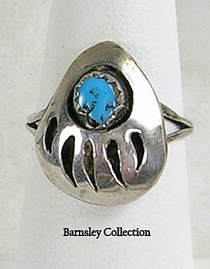 Vintage Sterling Silver Native American Zuni Bear Claw Turquoise Ring