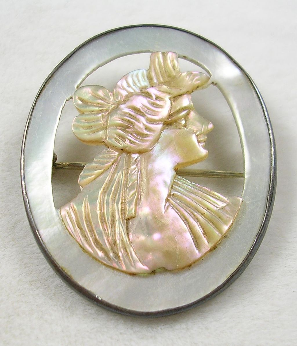 Vintage Mother of Pearl Cameo Brooch Pin in Sterling Silver
