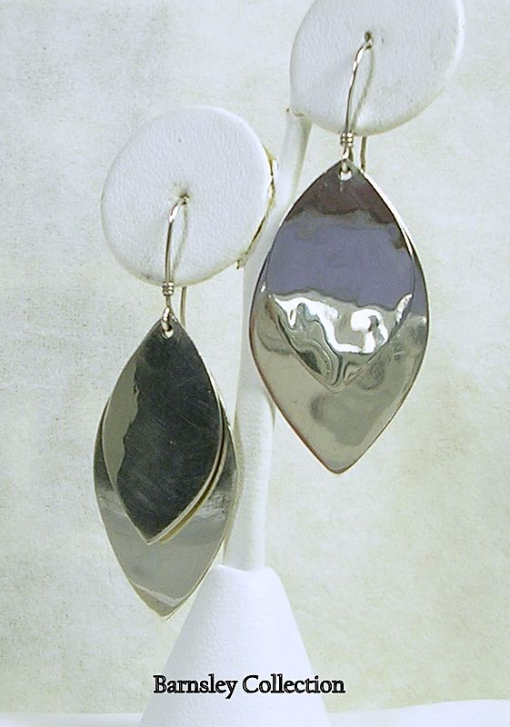 Signed Mexico Sterling Silver Leaf Design Pierced Earrings