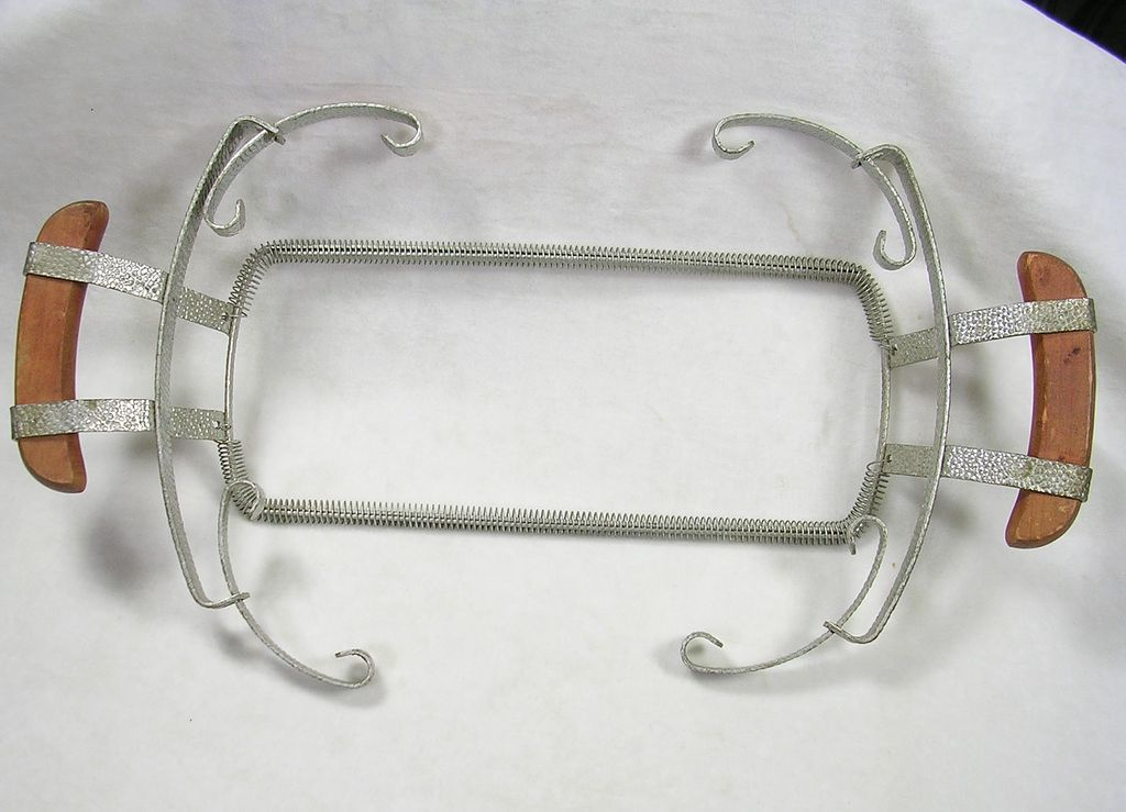 Vintage Bauer Serving Dish Plate Holder with Wooden Handles in Aluminum
