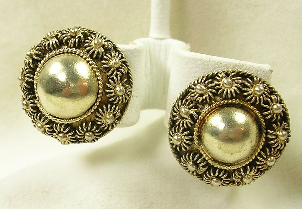 Vintage Sterling Silver Dome Floral Button Clip Earrings