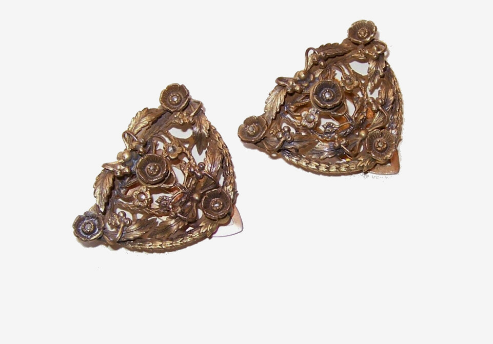 Matched Pair EDWARDIAN Gold Tone Metal & Cut Steel Shoe Clips/Dress Clips!
