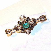 Outstanding ANTIQUE VICTORIAN 15K Gold, .50 CT Emerald & Pearl Pin!