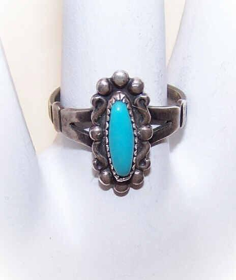 Bell Trading Post STERLING SILVER & Faux Turquoise Native American Ring!