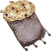 Adorable ART DECO Gilt Metal & Rhinestone Mesh Coin Purse with Butterfly Lid!
