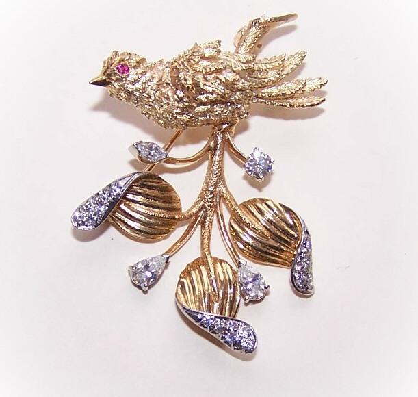 STUNNING 1960s 14K Gold, 1.72CT TW Diamond & Ruby Pin/Brooch - Bird on a Branch!