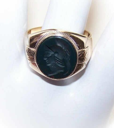 ANTIQUE EDWARDIAN 10K Gold & Bloodstone Intaglio Ring for a Gent!