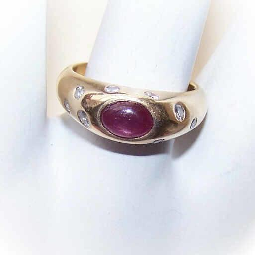 ESTATE 14K Gold, 1.16CT TW Cab Ruby & Diamond Fashion Ring!