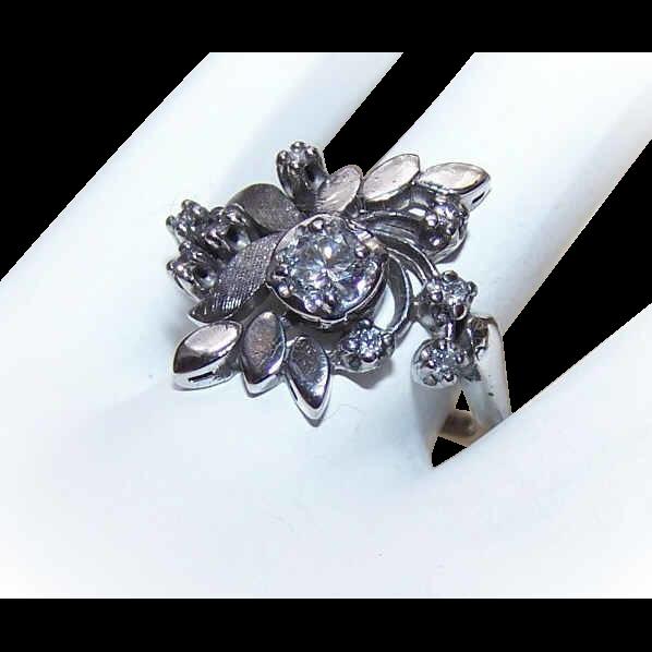 Lovely RETRO MODERN 14K Gold & .71CT TW Diamond Cocktail Ring!