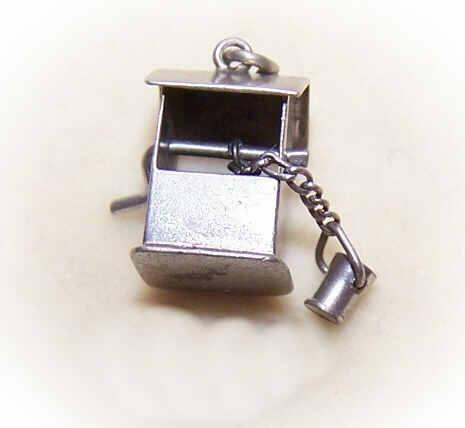 Vintage STERLING SILVER Mechanical Charm - Wishing Well!