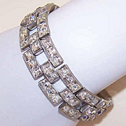 Bling! Bling!  Vintage Silver Tone Metal & White Rhinestone Bracelet!