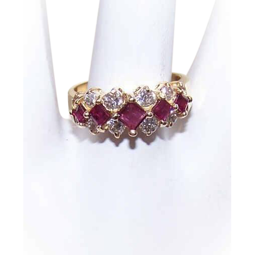 Vintage 14K Gold, 1CT TW Diamond & Ruby Cocktail Ring!
