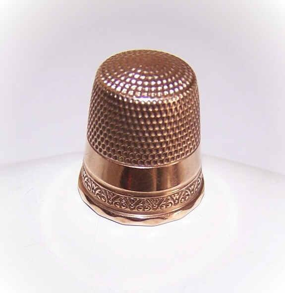 EDWARDIAN Era 10K Gold Thimble - Size 10!