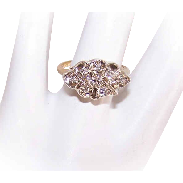 Lovely ART DECO 14K Gold & .10CT TW Diamond Cocktail Ring!