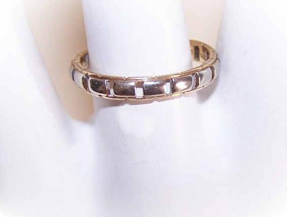 "Vintage 14K/18K Gold ""Chain of Love"" Wedding Band!"