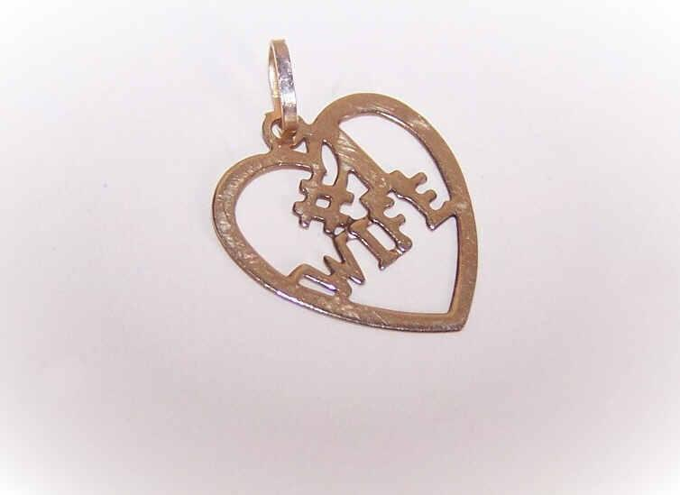 Vintage 14K Gold Charm/Pendant - #1 Wife!