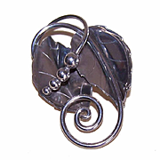 Alphonse LaPaglia for INTERNATIONAL Sterling Silver Double Leaf with Berries Pin/Brooch!