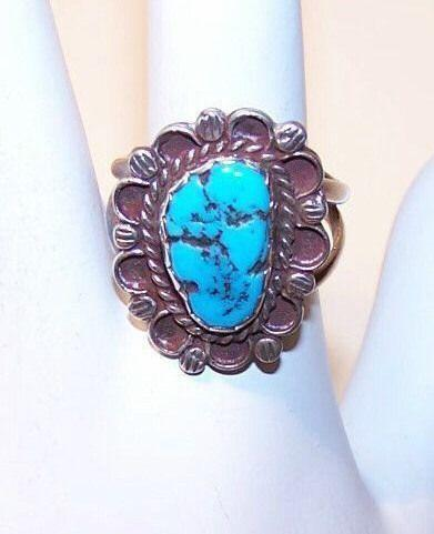 Vintage NATIVE AMERICAN Sterling Silver & Turquoise Nugget Ring!