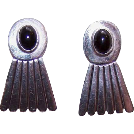 Vintage STERLING SILVER Earrings - Black Onyx Inlay - Pierced - Posts with Nuts